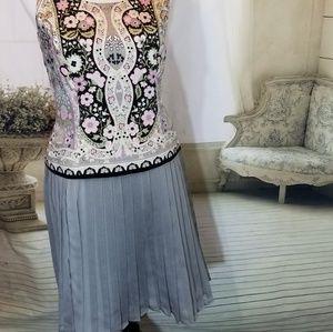 NY & Co. Grey Box Pleat Skirt 10